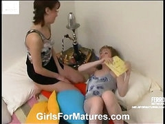 Leila&Jennifer pussylicking mature in action